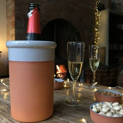 0001588 wine cooler round with pale grey glaze
